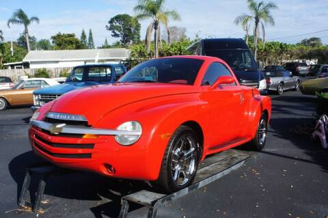 2004 Chevrolet SSR for sale at Dream Machines USA in Lantana FL