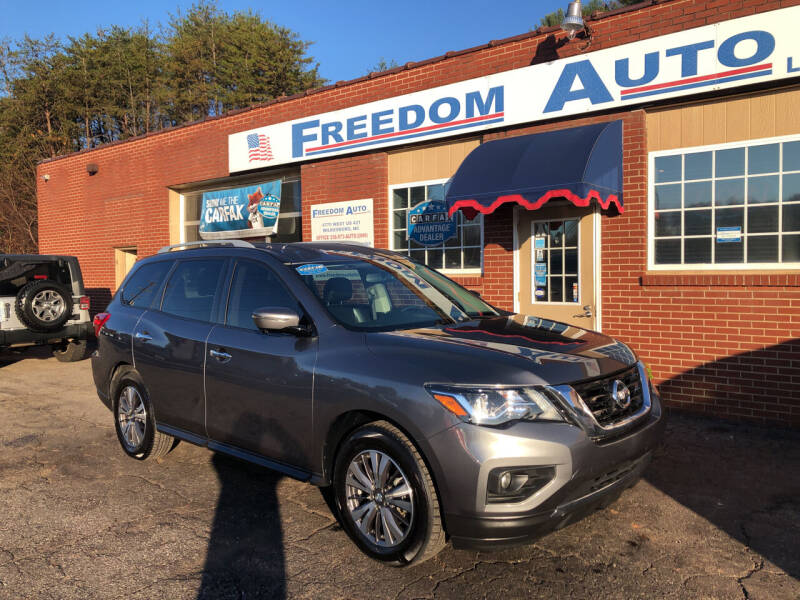 2017 Nissan Pathfinder for sale at FREEDOM AUTO LLC in Wilkesboro NC