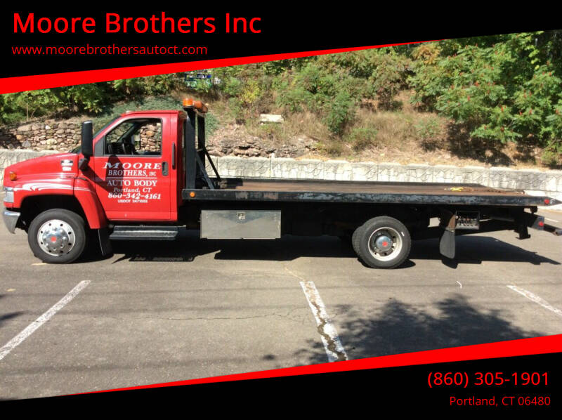 2003 Chevrolet C5500 for sale at Moore Brothers Inc in Portland CT