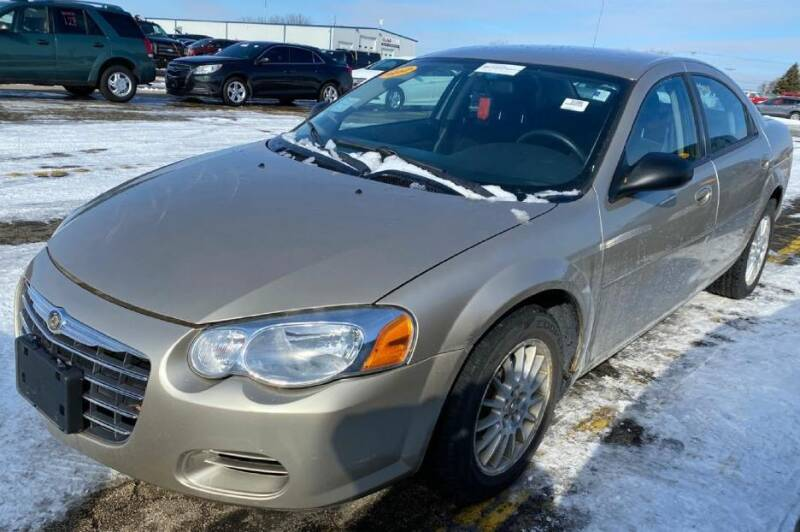 2005 Chrysler Sebring for sale at Knowlton Motors, Inc. in Freeport IL