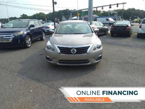 2014 Nissan Altima for sale at Marino's Auto Sales in Laurel DE