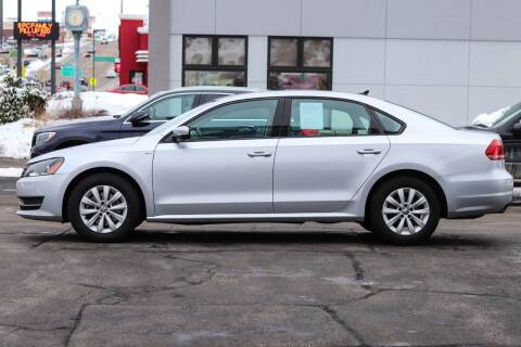 2015 Volkswagen Passat for sale at AutoLink in Dubuque IA