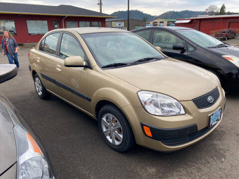 2008 Kia Rio for sale at Pro Motors in Roseburg OR
