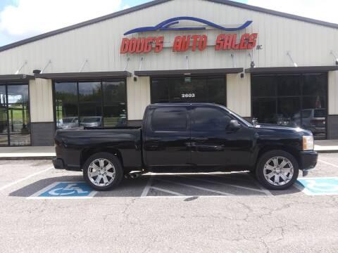 2009 Chevrolet Silverado 1500 for sale at DOUG'S AUTO SALES INC in Pleasant View TN