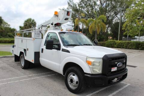 2011 Ford F-350 Super Duty for sale at Truck and Van Outlet in Miami FL