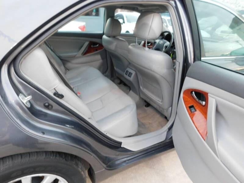 2011 Toyota Camry XLE 4dr Sedan 6A - San Antonio TX