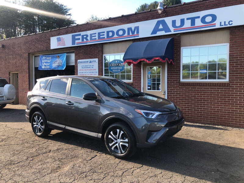 2018 Toyota RAV4 for sale at FREEDOM AUTO LLC in Wilkesboro NC