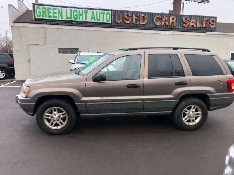 2002 Jeep Grand Cherokee for sale at Green Light Auto in Sioux Falls SD