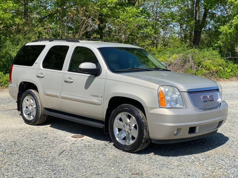 2007 GMC Yukon for sale at Charlie's Used Cars in Thomasville NC