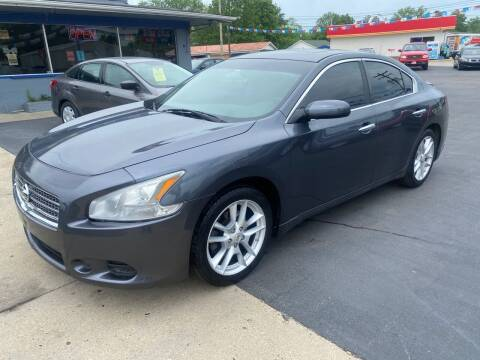 2009 Nissan Maxima for sale at Wise Investments Auto Sales in Sellersburg IN