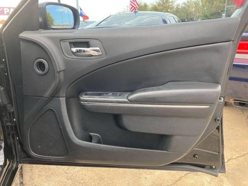 2014 Dodge Charger SE 4dr Sedan - Houston TX