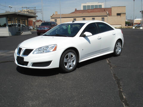 2010 Pontiac G6 for sale at Shelton Motor Company in Hutchinson KS