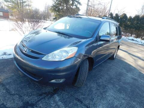 2007 Toyota Sienna for sale at Safeway Auto Sales in Indianapolis IN