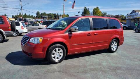 2008 Chrysler Town and Country for sale at Good Guys Used Cars Llc in East Olympia WA