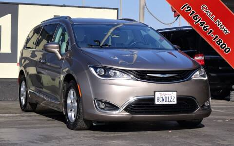 2018 Chrysler Pacifica Hybrid for sale at H1 Auto Group in Sacramento CA