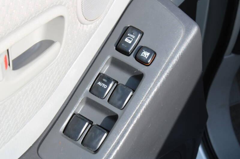 2005 Toyota Highlander AWD 4dr SUV V6 w/3rd Row - Everett WA