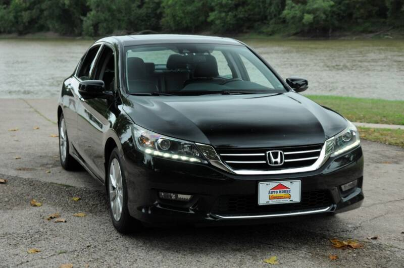 2015 Honda Accord for sale at Auto House Superstore in Terre Haute IN
