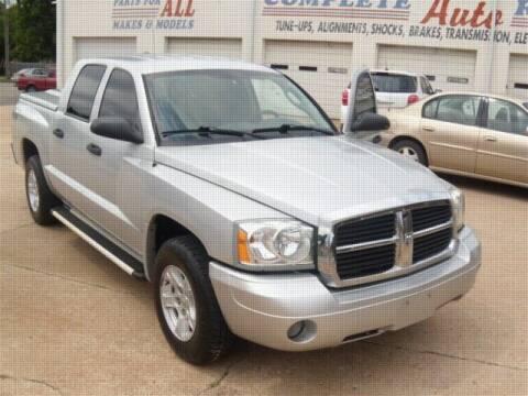 2007 Dodge Dakota for sale at PERL AUTO CENTER in Coffeyville KS