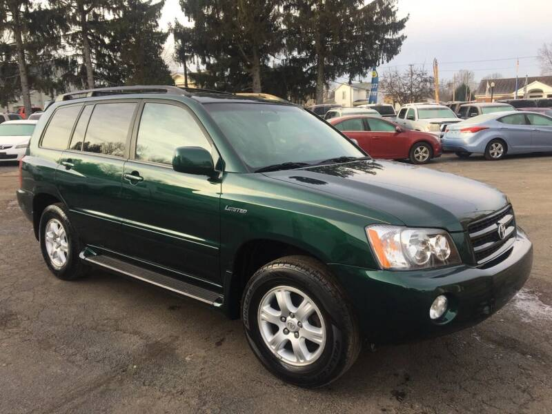 2003 Toyota Highlander for sale at Jim's Hometown Auto Sales LLC in Byesville OH