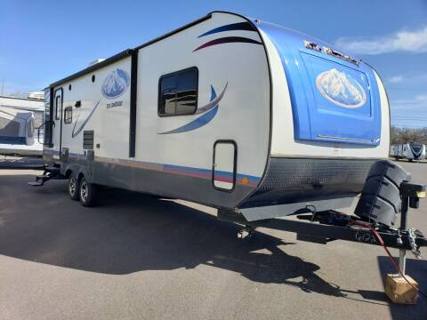 2018 Riverside RV Mt Mckinley 832RL