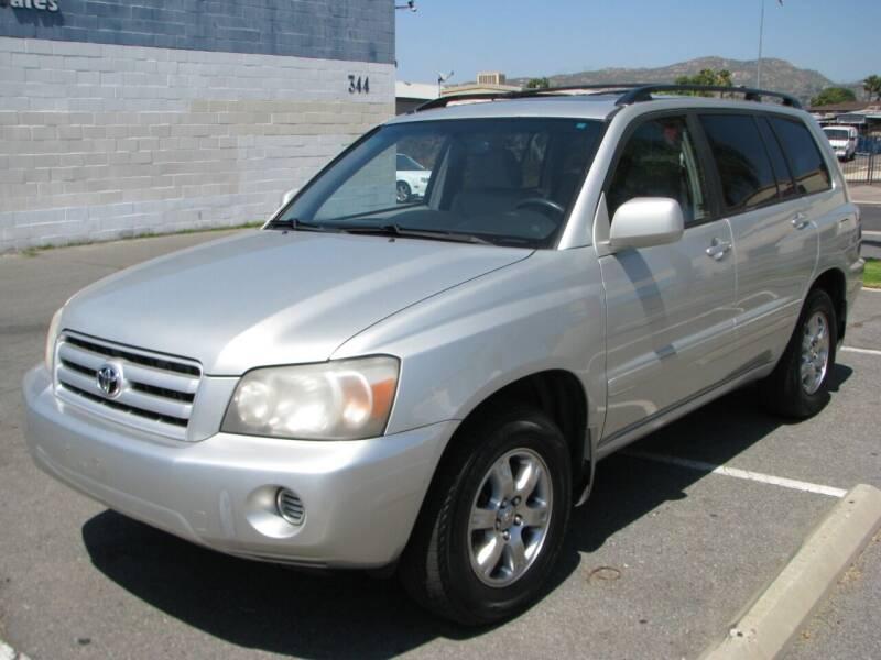 2004 Toyota Highlander for sale at M&N Auto Service & Sales in El Cajon CA