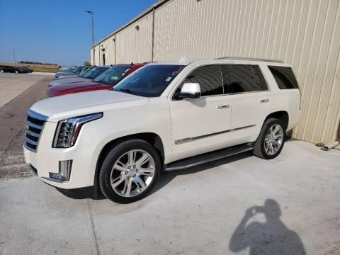 2015 Cadillac Escalade for sale at De Anda Auto Sales in Storm Lake IA