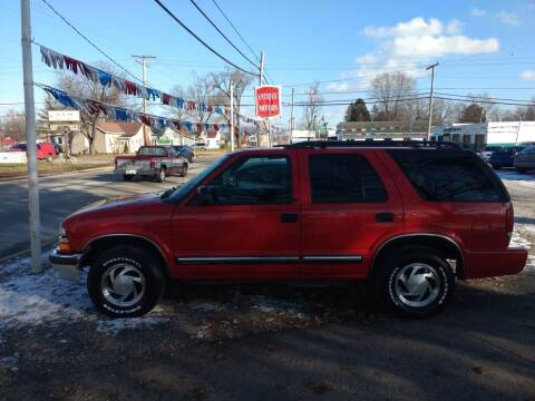 2001 Chevrolet Blazer for sale at Antique Motors in Plymouth IN