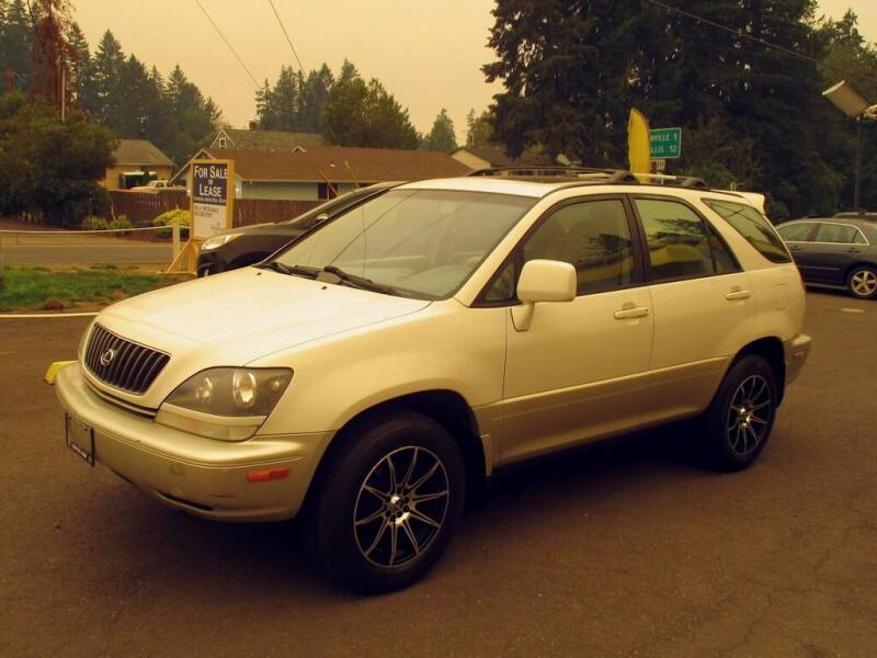 2000 Lexus RX 300 for sale at Yellow Line Motors in Lafayette OR