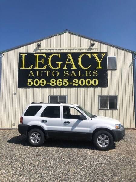 2005 Ford Escape for sale at Legacy Auto Sales in Toppenish WA
