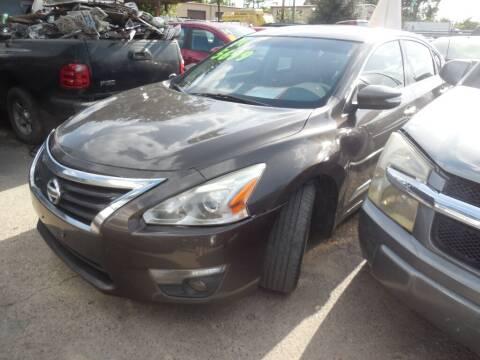 2014 Nissan Altima for sale at SCOTT HARRISON MOTOR CO in Houston TX