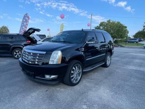 2009 Cadillac Escalade for sale at Bagwell Motors in Lowell AR