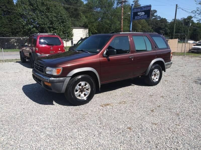 1999 Nissan Pathfinder for sale at Sierra Motors in Roanoke VA
