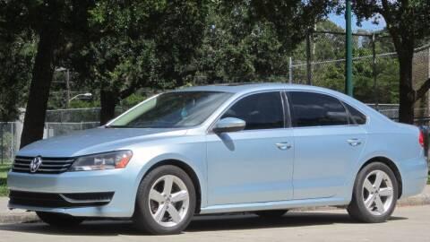 2012 Volkswagen Passat for sale at MaxxCar in Sarasota FL