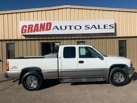 2000 GMC Sierra 1500 for sale at GRAND AUTO SALES in Grand Island NE