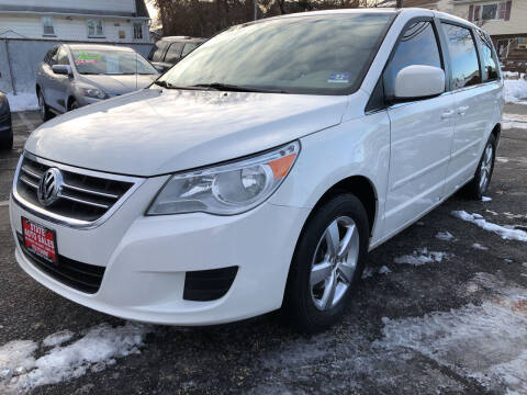 2010 Volkswagen Routan for sale at STATE AUTO SALES in Lodi NJ