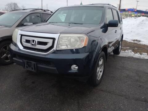 2011 Honda Pilot for sale at Merrimack Motors in Lawrence MA