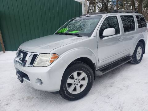 2008 Nissan Pathfinder for sale at Northwoods Auto & Truck Sales in Machesney Park IL
