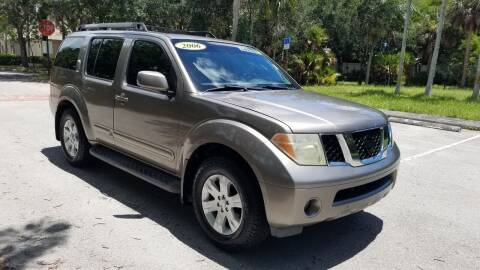 2006 Nissan Pathfinder for sale at DELRAY AUTO MALL in Delray Beach FL