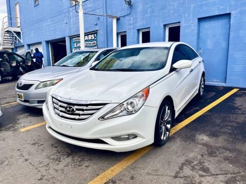 2011 Hyundai Sonata for sale at Ideal Cars in Hamilton OH
