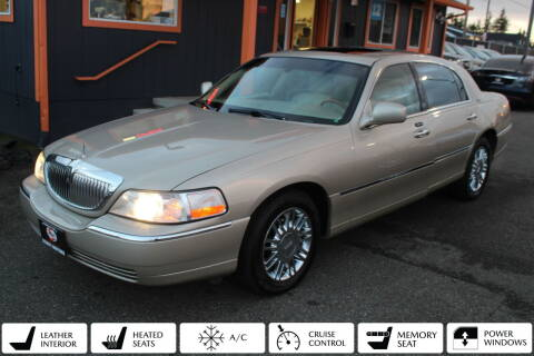 2007 Lincoln Town Car for sale at Sabeti Motors in Tacoma WA
