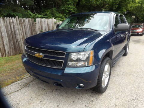 2007 Chevrolet Avalanche for sale at Wayland Automotive in Wayland MA