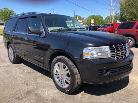 2010 Lincoln Navigator for sale at Creekside Automotive in Lexington NC