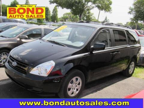 2008 Kia Sedona for sale at Bond Auto Sales in St Petersburg FL