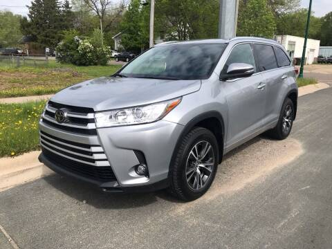 2017 Toyota Highlander for sale at ONG Auto in Farmington MN