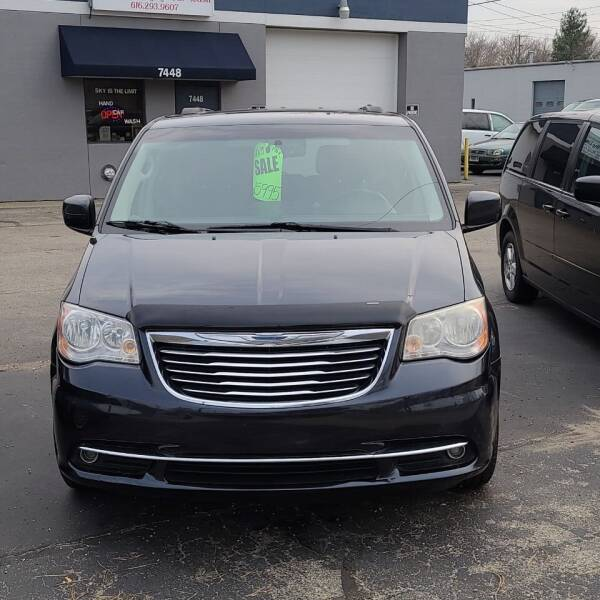 2013 Chrysler Town and Country for sale at SOUTHERN AUTO GROUP, LLC in Grand Rapids MI