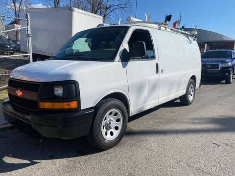 2009 Chevrolet Express Cargo for sale at Deleon Mich Auto Sales in Yonkers NY