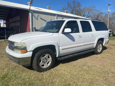 2004 Chevrolet Suburban for sale at M & M Motors in Angleton TX