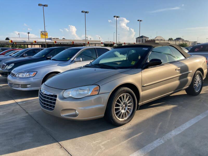 2004 Chrysler Sebring for sale at Thumbs Up Motors in Warner Robins GA