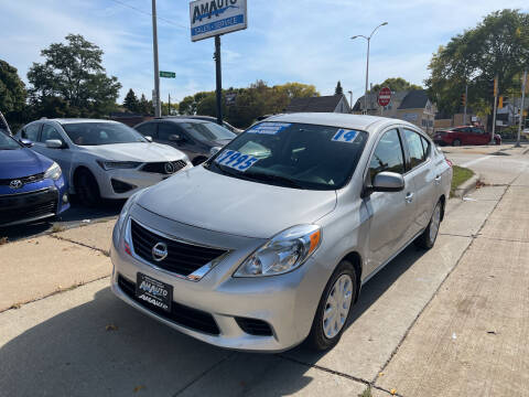 2014 Nissan Versa for sale at AM AUTO SALES LLC in Milwaukee WI