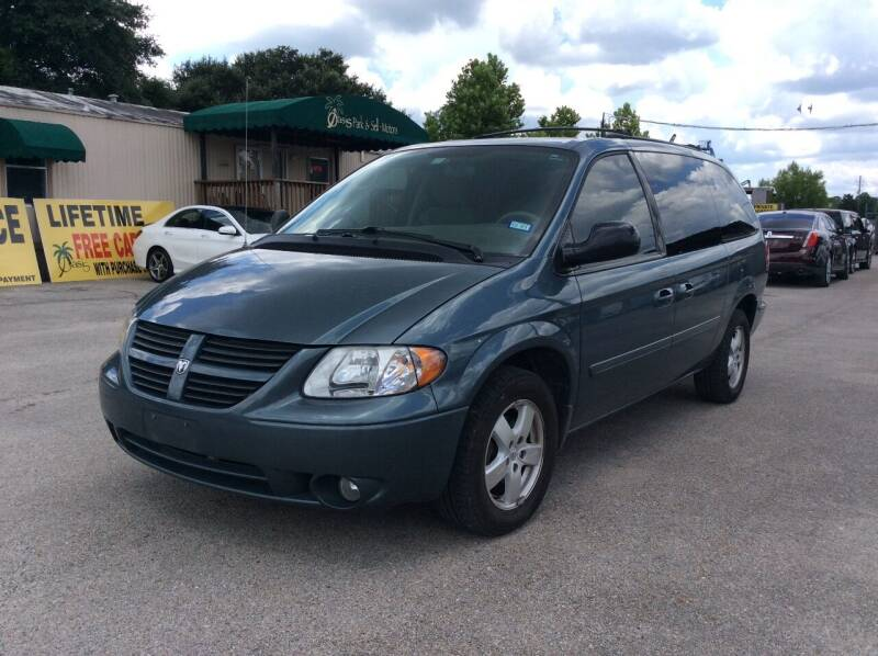 2007 Dodge Grand Caravan for sale at OASIS PARK & SELL in Spring TX